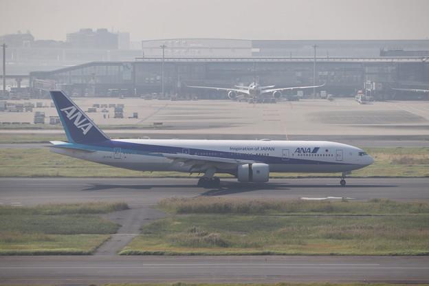 全日空 ANA B777-200ER JA717A (1)