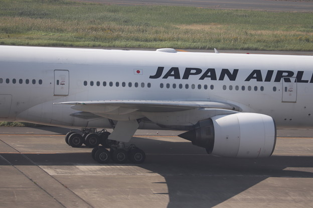 日本航空 JAL B777-200 エンジン部分