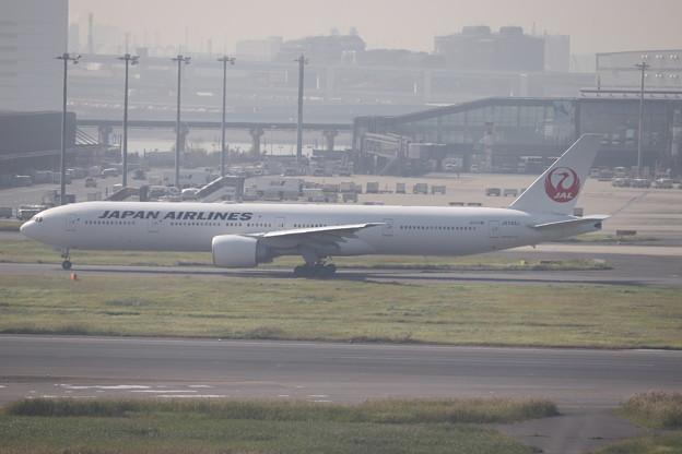 日本航空 JAL B777-300ER JA743J