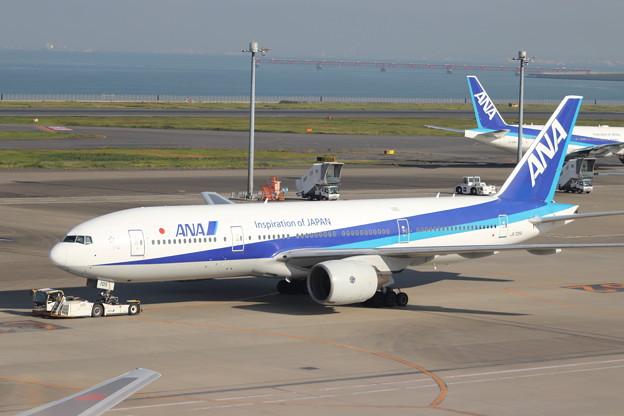 全日空 ANA B777-200 JA705A