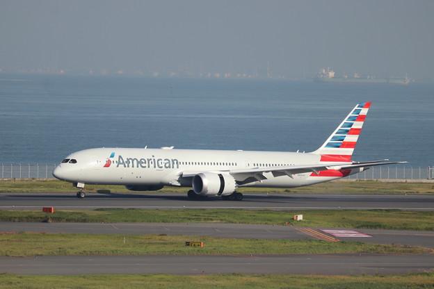 アメリカン航空 B787-9 N836AA