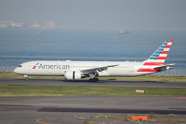 アメリカン航空 B787-9 N836AA (1)