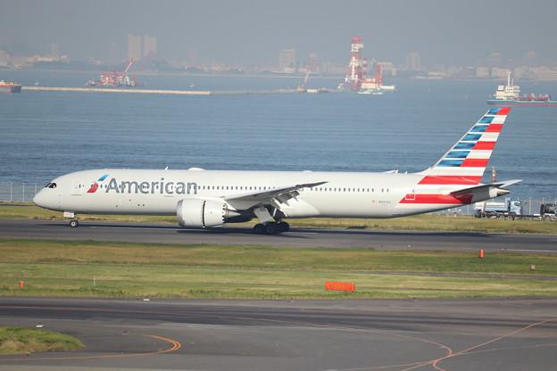 アメリカン航空 B787-9 N836AA (2)