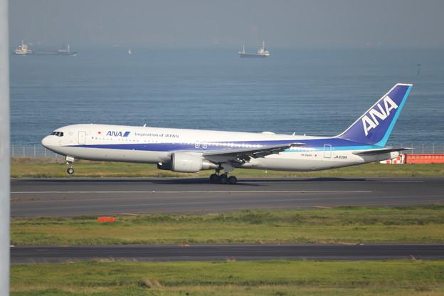 全日空 ANA B767-300ER JA608A