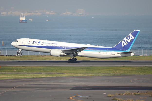全日空 ANA B767-300ER JA608A (1)