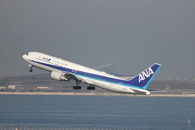 全日空 ANA B767-300ER JA608A (3)