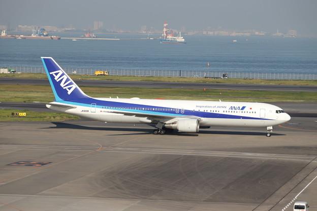 全日空 ANA B767-300ER JA610A