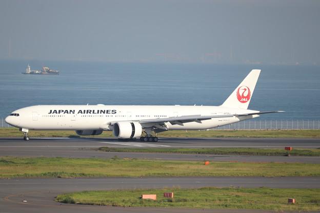 日本航空 JAL B777-300ER JA736J