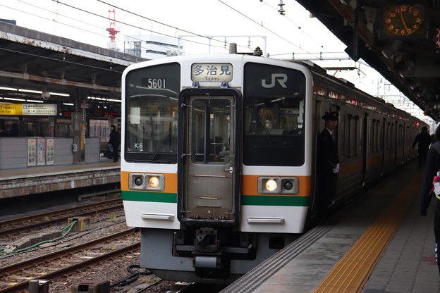 中央本線 211系5000番台K6編成