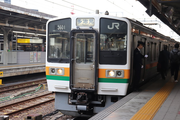 中央本線 211系5000番台K6編成 (1)
