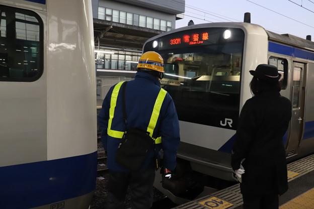 常磐線 E531系 330M 土浦駅での増結作業 2019.12.30