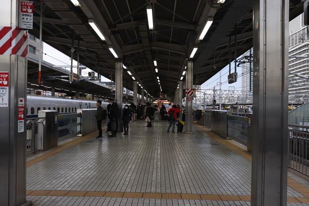 東海道新幹線 名古屋駅15番線・16番線ホーム