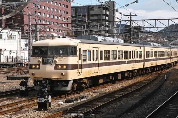 14.電留1番線へ入線中の117系(その3)