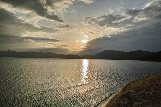 11.田沢湖の夕日 その1