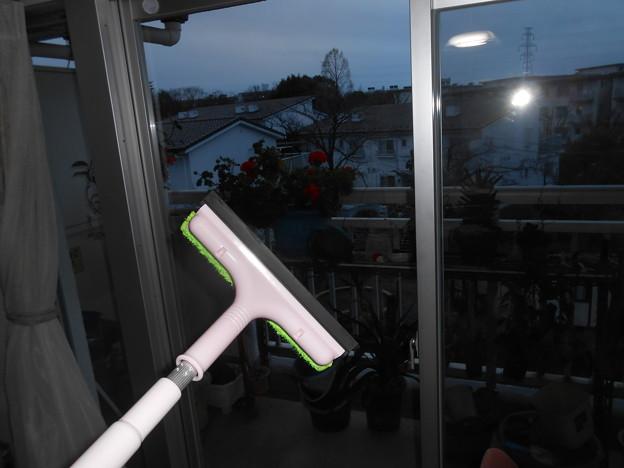 ガラス窓拭きは毎年やっているので