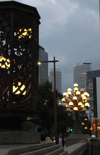 桜橋 街灯に灯が~♪