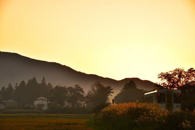 写真: 秋の北上線1
