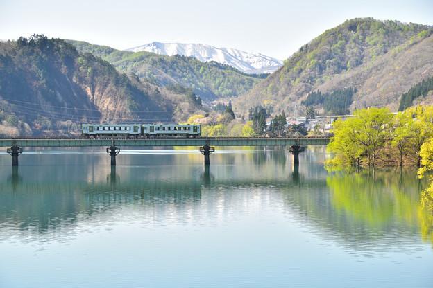 春の錦秋湖3