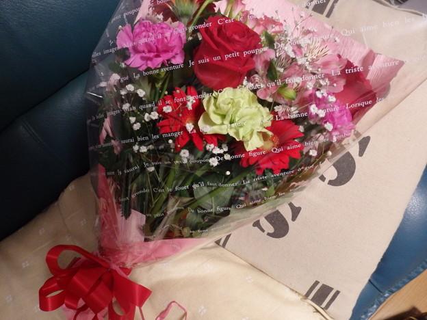 写真: 花束が贈られてきました