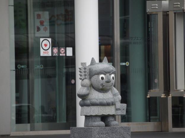 NHK秋田の前で