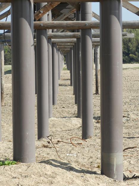 橋桁トンネル