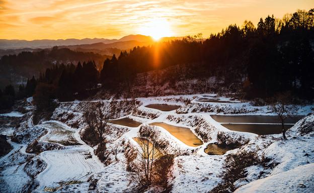 ~冬の棚田の夜明け~