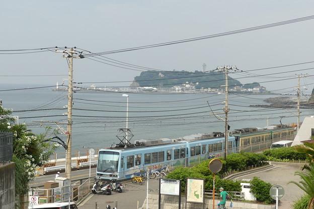 江ノ電と江ノ島