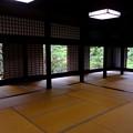 Photos: お寺の間