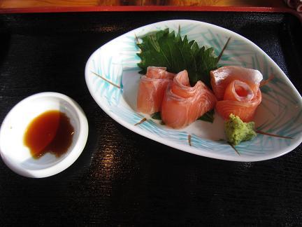 写真: 岩魚のお刺身