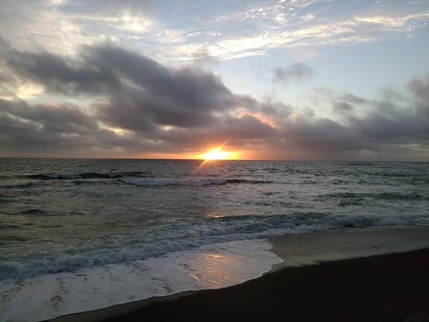 Photos: 日本海の夕陽20200807 04