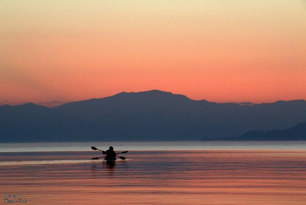 写真: 静寂の波音