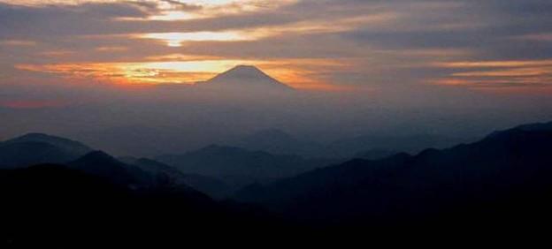 塔ヶ岳からの富士山