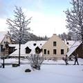 Photos: 雪国の家