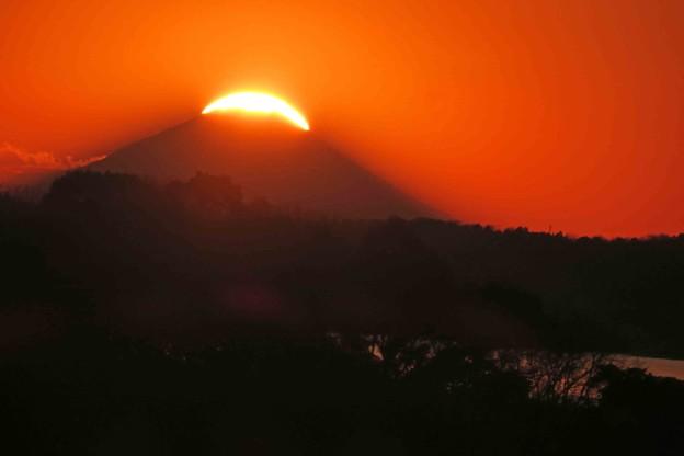 富士に沈む