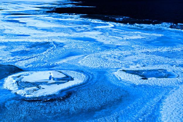Photos: 冬の湖畔