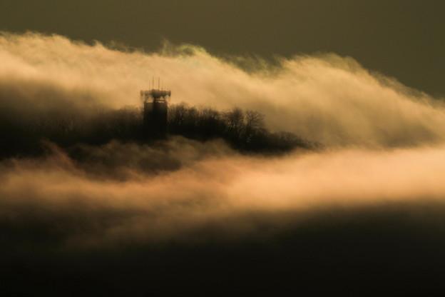 朝景(雲流れる)