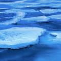 Photos: 湖上凍結