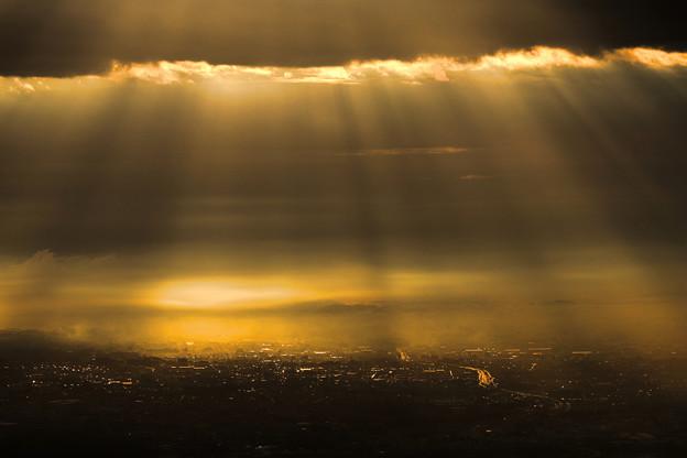 Photos: 朝の光芒