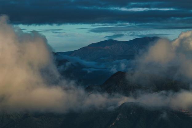 Photos: 雲湧く朝