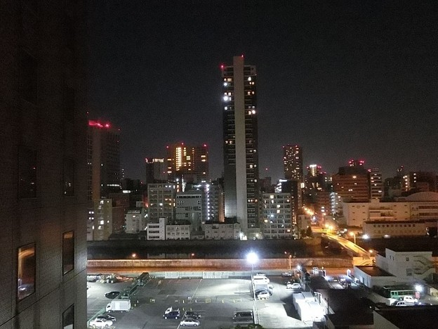 大阪のホテルの夜