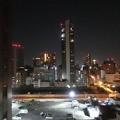 写真: 大阪のホテルの夜