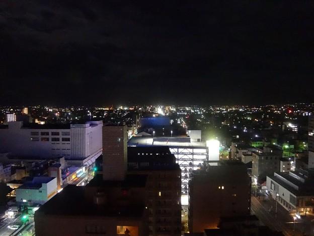 富山市の夜