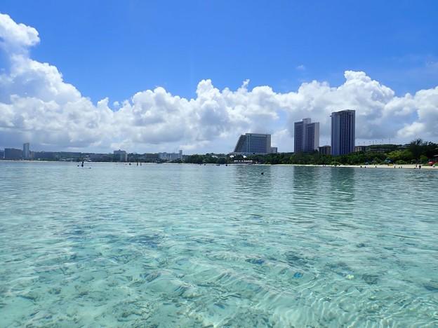 グアム島の海