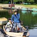 釣りボートの親子
