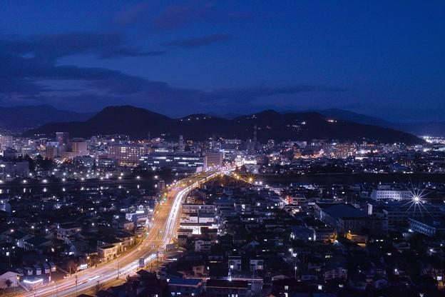 日没直後の福島市