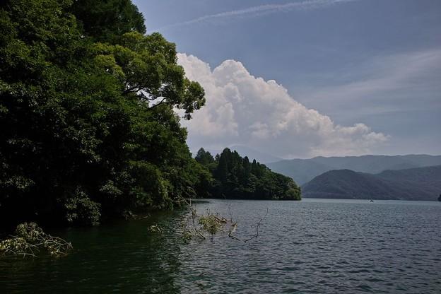 桧原湖にて