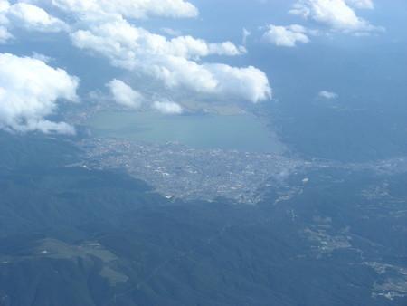 機上から見た諏訪湖