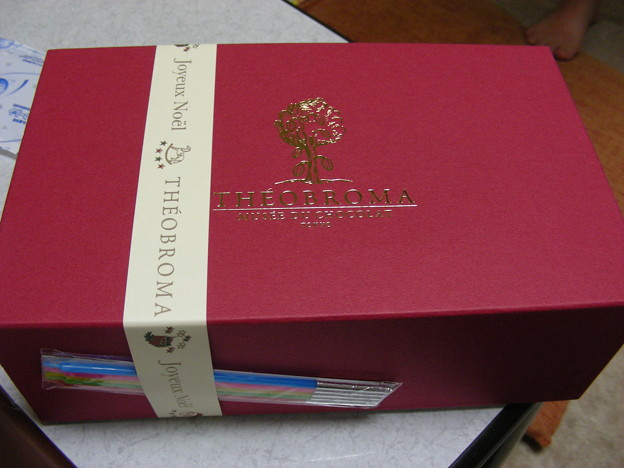 写真: テオブロマ「テオノエル2007」の箱