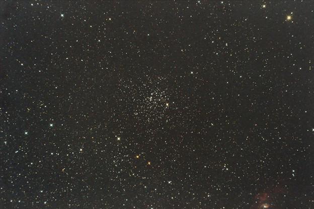 M52 カシオペヤ座の散開星団
