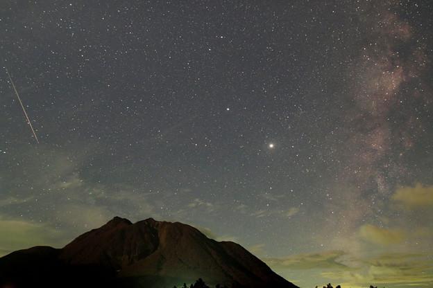 20200813未明のペルセウス座群流星